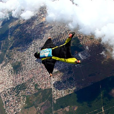 Wingsuit Skydiving and Expert Instruction