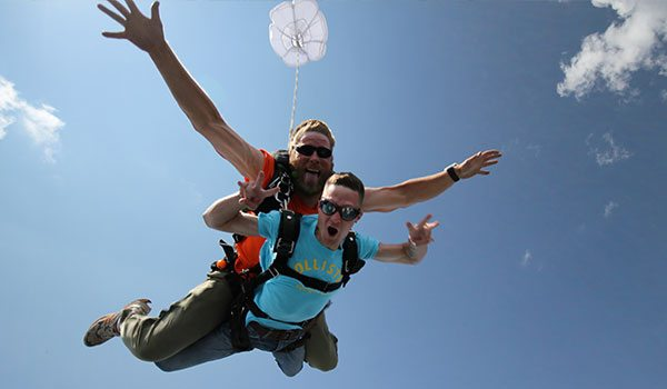 Skydiving in Albuquerque, New Mexico