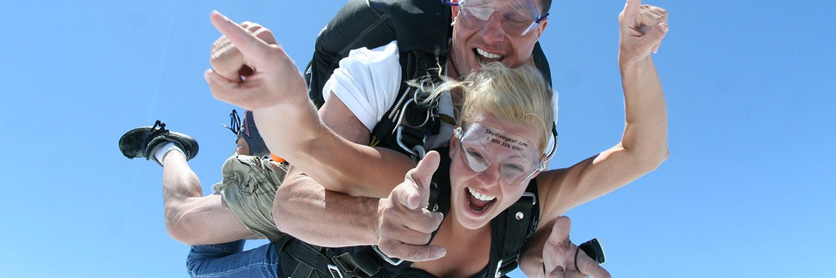 Tandem Skydiving near Akron, Ohio